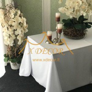 Stačiakampė baltos spalvos stalo staltiesė
